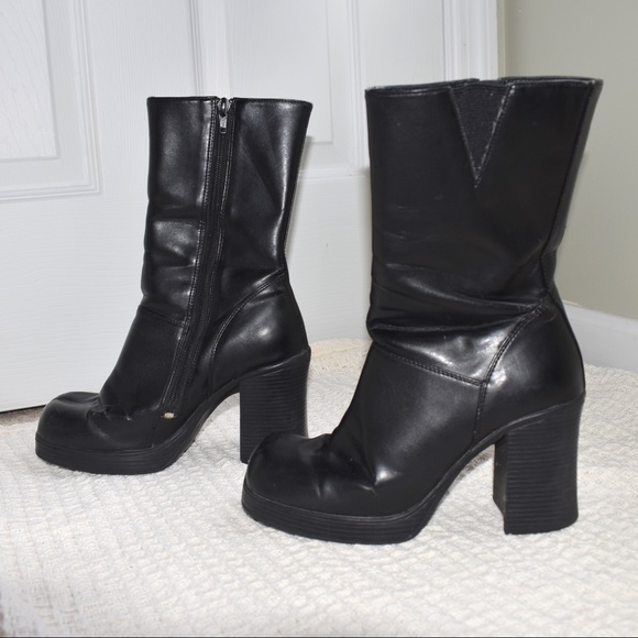 a15d858a8 Soda Shoes   Vintage Faux Leather Heeled Boots 7   Poshmark